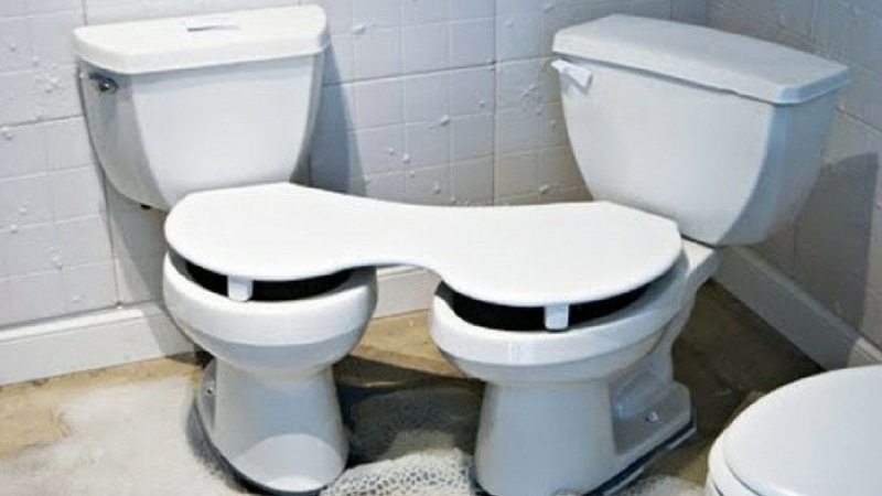 Couple Toilet