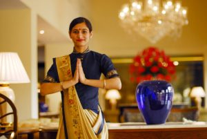 An_Oberoi_Hotel_employee_doing_Namaste,_New_Delhi-2