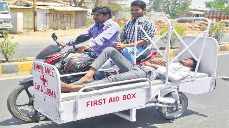 Engineering Students Made Bike Ambulance