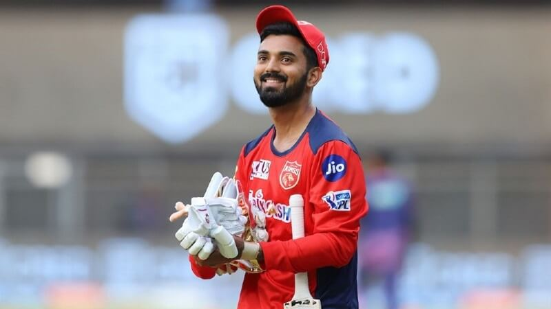 Net Worth Of All Eight Captains From IPL 2021
