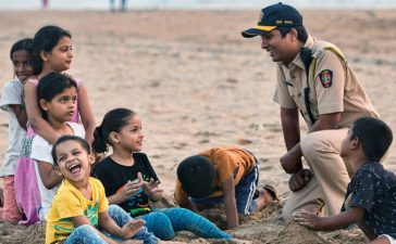 Mumbai Police Interacting With Kids
