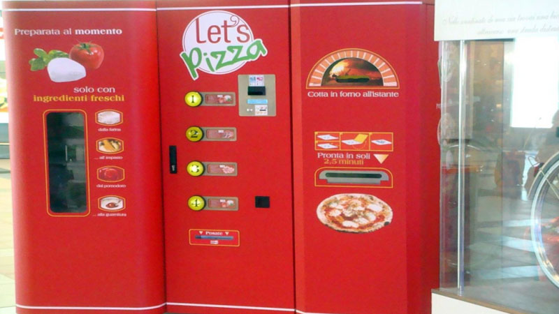 Pizza vending machine