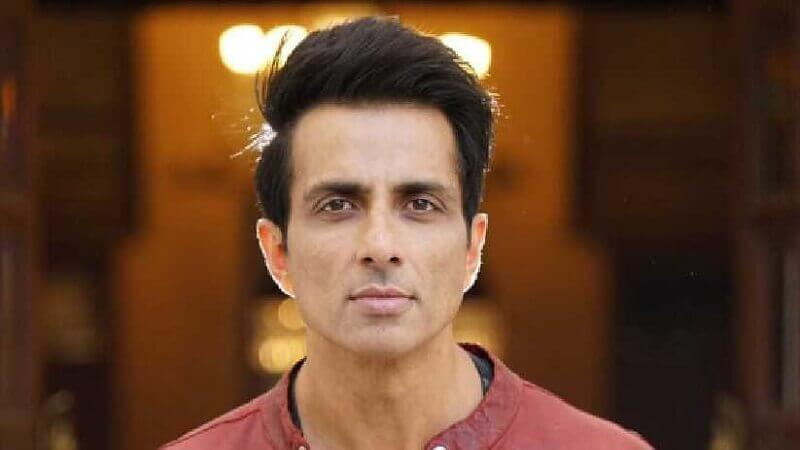 Sonu Sood Helping Workers