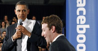 Barack Obama Warned Mark Zuckerberg Last Year About Fake News